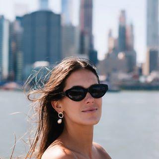 eastriver newyork portrait