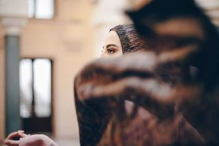 instagrammers rain scarf city fashion beautiful captions photo capture umbrella posing girl photography aminatized hijabi youvebeenaminatized hijab canon instagram photographer model ulfascarf sarajevo hijabstyle europe photooftheday london hijabfashion hijabista