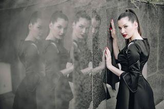 sarajevo black photographer reflection prom2k19 instagrammers canon instagram captions 50mm photo bih fashionista aminatized posing photooftheday summer girl photography instagood amazing prom2019 style fashion
