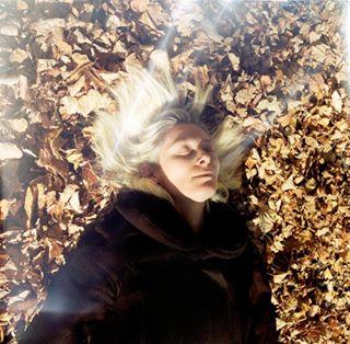 13photo actress autumn photographersagency photography portrait