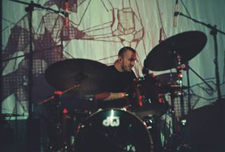 istillshootfilm live drummer nofilter zenit drums 35mm shotonfilm nolight film 35mmphotography gig drum filmisbetter concert filmphotography 35mmfilm filmisalive armsandsleepers filmisnotdead