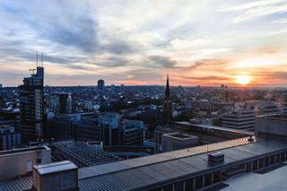 frankfurt jumeirahfrankfurt schellewaldphotography city jumeirahhotel sun sunrise jumeirah street germany