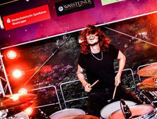 wesel eselrock milliardenband milliardenmusik eselrock2016 concert lights schellewaldphotography festival milliarden drummer rock summer