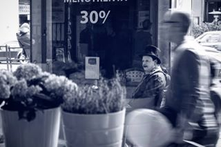 2 challengerstreets everybodystreet fotografiska ig_street italianstreetphotography lenscratch lensculture lensculturestreets loube myfeatureshoot noicemag ourstreets somewheremagazine storyofthestreet streetlife_award streetphotographers streetphotographyinternational streetphotographyintheworld streetportrait streetsgrammer thestreetphotographyhub urbanstreetphotography