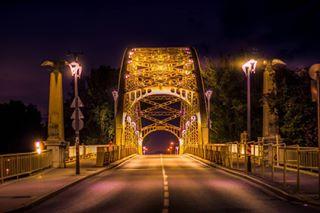 nightphotography hungary győr citylights city bridge