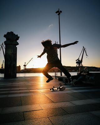 travel sunset mykyiv huaweip10 ukraine sweden skateboard huaweishot