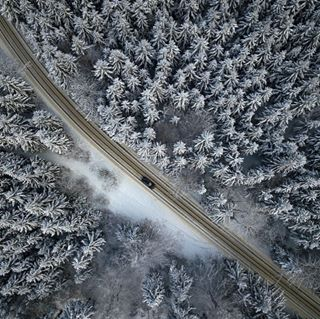 above adobecreativecrowd aerialphotography audi auto car diagonal dji djiglobal drone dronephotography dronestagram forest oben quattro schnee snow street trees tschechien wald winter winterwonderland