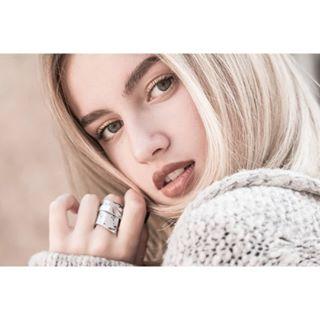 100mmmacro beauty canon closeup eyes handmade handmadejewelry instaportrait jewelry look photography portrait ring worldofportraits