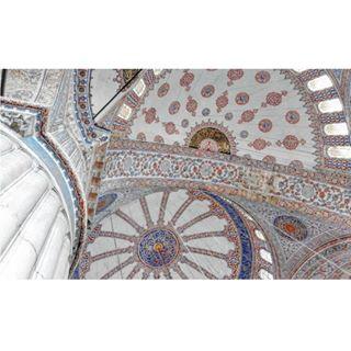 inspiration mosque womanphotographer blue photography mobilephotography milicamacanovic architecturephotography serbianart bluemosque architecture istambul