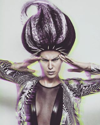 creative hair muse artwork hairstyle design fashion qhaupt amazing awesome loveit photography award hairstylist artist hairdressing igpodium_mag portrait tb eyecandy thecreative instamood photo german model portraitpage makeup editorial body