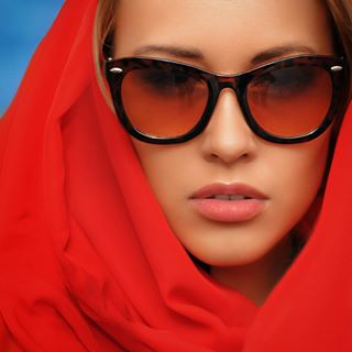 red glamour nikond700 glamourshots portrait