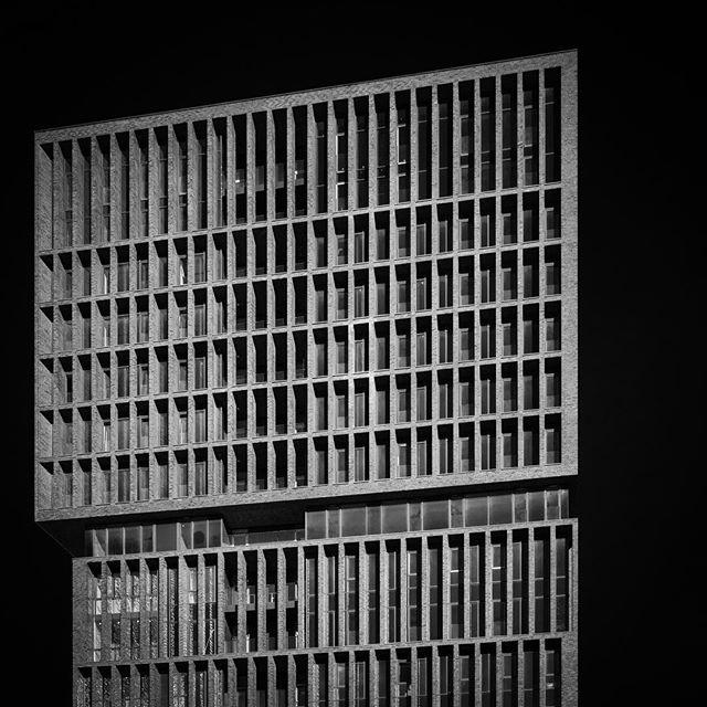 bw architecture_minimal minimal_lookup architecture_hunter arkiromantix_bw architecture bnw lookingup_architecture