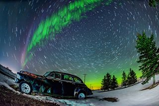 steve unlimitedcanada ig_great_shots_canada wonderful_places bns_vision nightscaper discoverearth igbestshots calgarytourism tourcanada drumheller weathernetwork startrail natgeotravel thankyoucanada milkyway huffpostgram astrophotography photophile nightphotography wow_destination startrailcollection hoodoos square9 weownthenight_ab