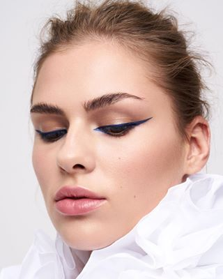 highendretouch beautyeditorial adorebeauty yveadore beautyportraits allwhite skintexture yveadorebeauty lofficiel blueliner cleanbeauty
