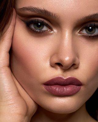 profoto beautyeditorial yveadore thatface closeup discoverunder10k beautyportraits profotoglobal skintexture naturallook lips