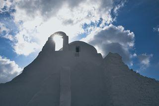 wonderful_mykonos sun paraportiani mykonos likeforlike like4like greece🇬🇷 greece clouds church architecture