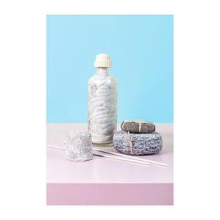 minimal gominimalmag pastels minimalobsession knittedart photography minimalmag art minimalphotography minimalism madametricot artphotography lines milk marmitemagazine artist strickerei reportage