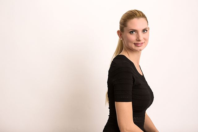 photography portraitphotography businesswomen portrait businessfrau headshot fotografie headshots swiss zürich portraitfoto studiophotography portraitfotografie switzerland schweiz businesswoman