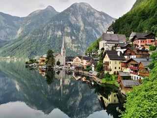 5am airbaltic ardokaljuvee aroundtheworld austria estravel goodmorning hallstatt huaweip10 perfect10 salzburg travelblog travelblogger travelgram traveling