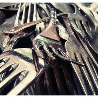 upcloseandpersonal upcycling repurposed forks cutlery hamarts silverware hamont windchimes