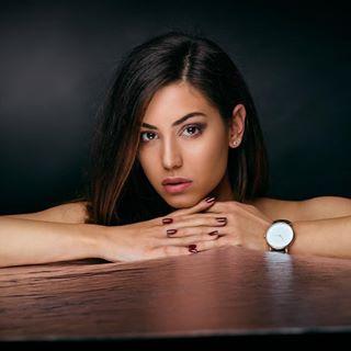 girl pretty portrait sofia девушка watch beautydish young портрет studiolighting beauty face relax девочка sexy bulgaria woman