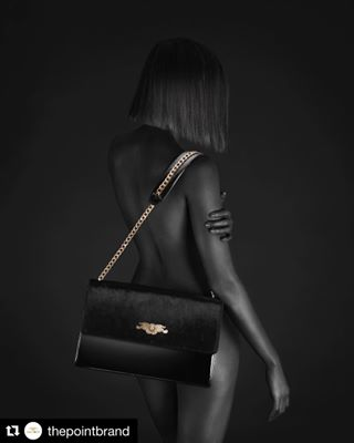 woman model monochromatic lady nudephotography bags feminine luxury photography skin beauty minimalism form body simplicity photooftheday luxurybag blackandwhite nudepose thepoint nude glamorous fashion female minajevremovic jmina bodypositive