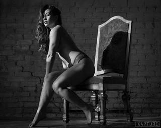 somethingboudoir sensual_dream boudoirinspiration boudoir modelpose boudoir_stories bnw girl sensual bnwportrait boudoirart beautyandboudoir modeling model sensual_women bnw_photography model📷 modellife boudoirphotography bnwmood sensuality bnwphotography boudoir_fashion kapturephotos woman bnw_perfection intimate