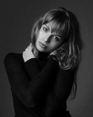 fashion model ukraine portraitphotography фотограф модельныетесты photo_zp ditwins nikon style чб studio фото запорожье портрет stunnig zaporizhzhya glam zaporozhyegram photo bnw