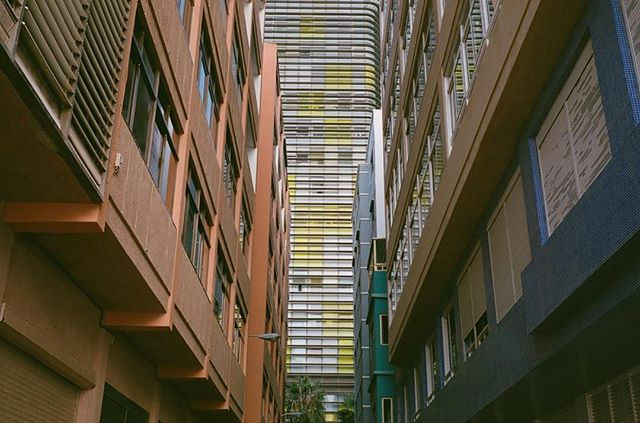 filme shapes light 35mm colors film documentary filmcommunity documentaryphotography filmcamera filmphotography