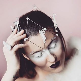 glam fashion ice queen makeup makeupartist model lookbook glamour editorial pink narnia glamglow winter