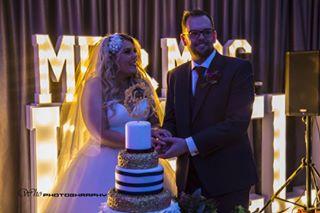 canon5d nightlights weddingdress whophotography weddingcake canon wedding russellwedding
