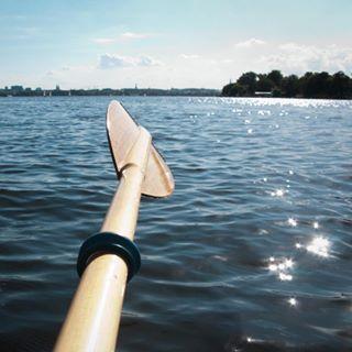 bythesea boattrip sunseeker itswhatiamdoing lifestylephotography glencampbell theresaglitter paddelingforever watercrew itsnotajob