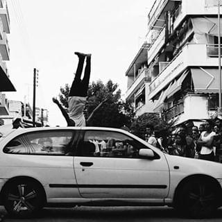 freerunning photocontestgr blackandwhite 1stentouragewestartstreetfestival ig_thessaloniki ig_athens artemismalta canon artistic_greece photocontestmagazine streetfestival elixiriocafebar photography ig_bw