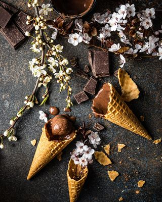 plantbaseddiet foodstylist icecreamaddict veganfoodlover iquitsugar foodphotographyandstyling foodphotoprops homemadeicecream healthyvegan eatclean riga icecreamlove moodforfloral inspiredbynature_ veganicecream foodphotographer realfood foodphotographermoscow styleithappy chocolateicecream latvia foodphotographerlondon vegansweets veganfoodshare plantbased