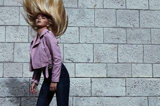 femalemodel fashion arwenbluee arty fashionphotography model beauty goodvibes instasize ootd art artist blonde photoshooting picoftheday photography highfashionphotography style mode motion photoshoot