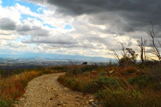 landscapephotography nature trails leadinglines clouds california