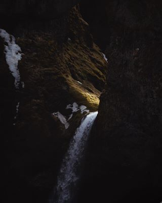 exploreiceland icelandtravel guidetoiceland island visualsofearth modernoutdoors exploreourearth earth iceland nationalgeographic everydayiceland betweenlightanddark greatnorthcollective outdooradventurephotos travelphotography outdoorphotography roamnation epicearthpix inspiredbyiceland