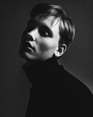 blacknwhite model modelpoint monochrome portrait studio