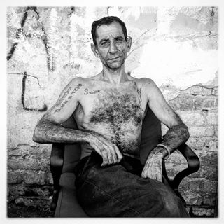 tattoos gypsylife hipstamatic bnw_demand streetleaks gypsy friendsinperson streetportrait iphone roma documentaryphotography serbia