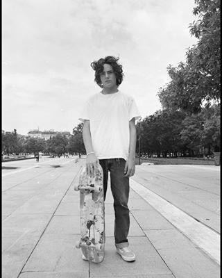 skate onfilm mediumformat mamiya ilfordxp2 ilford filmsnotdead filmcommunity analoguephotography