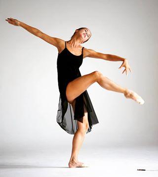 studio snapshot skinny legs grace girl dance ballet