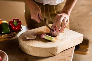 lederhose tracht garlic photography foodstyling beautifulfood style foodphotography knoblauch munich foodfotografie cooking wasmeier stefanrandlkoferphotographie yummy