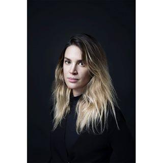 beauty igersswitzerland onefromwork photography portrait portraitsoftheworld portraiture sbf_member studio woman