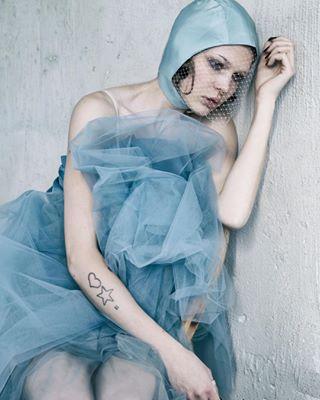 photographer nikond850 nikon hat editorial stylist fashionphotographer skaraborg fashion couture hova styling modefotograf fotograf millinery