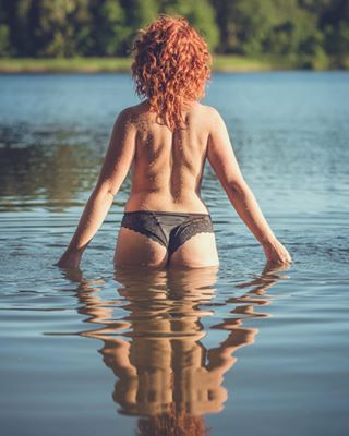 forest sigma85mmart ginger lithuania naked lake photoshoot sexy nudeart nikond850 curlyhair relaxing nature