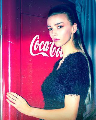 photoshop_art photoart model fashion cocacola backstage