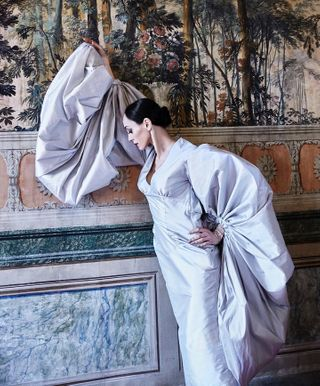 palaciodequeluz sintra fashioneditorial dance pointe photoshoot visitportugal ballerina passion photography artlife balletfit fit opera painting danza balletto balletdancer tutu palace dancing ballet dresses editorial film magazine dramatic