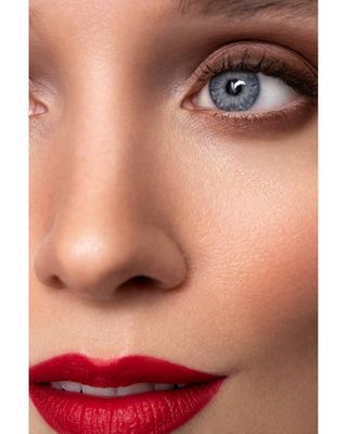 makeupaddiction beautytips beauty blueeyes smokyeyes redlip redlips makeupartist wlyg modelagency model makeup