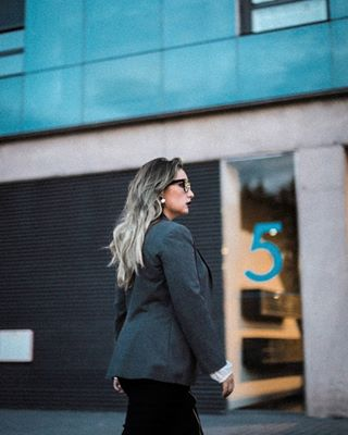 business model woman españa urban 50mm girlpower girl building asturias reflex photographer oviedo blonde photography photoshoot glasses formal city spain walking she canon work uniform womanpower lightroom picture