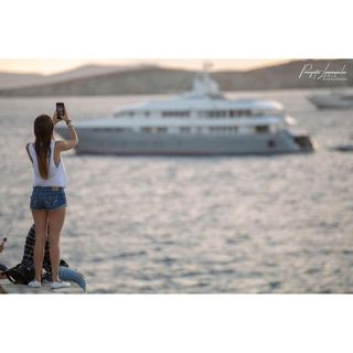 lovelymoments visiting tourist woman ferryboat follow followme travelblogger travelphotography canonphotography_official canongreece ruleofthirdsphotography ruleofthirds panagiotislimperopoulos canon6d plpixelsphotography canon mykonos